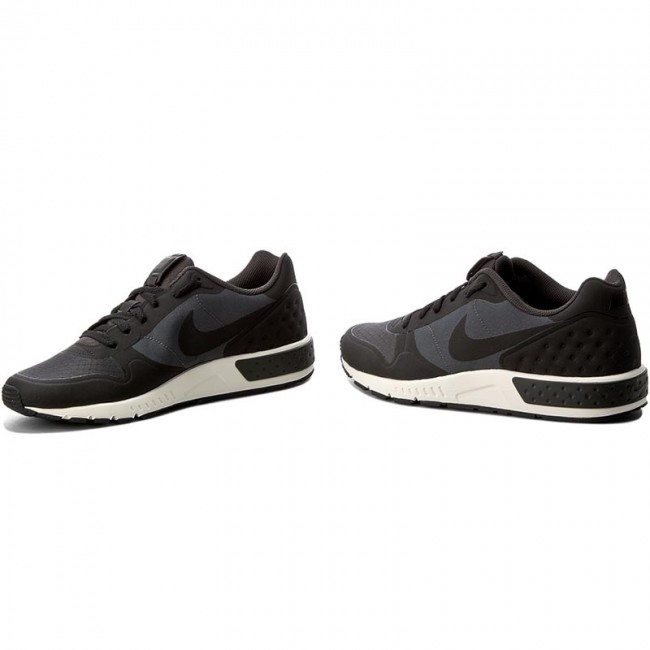 Zapatos NIKE Nightgazer Lw 844879 002 AnthraciteBlack Sail