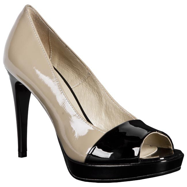 Zapatos LAURA MESSI - 707 359-418 Beis